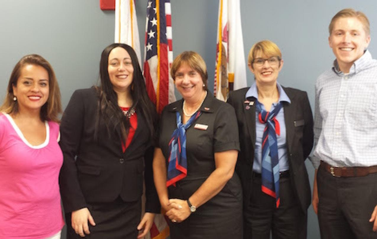 CWA agents meet with staff of Congresswoman Tammy Duckworth (D-IL) to talk about airport rage protections.